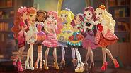 Thronecoming - eight girls