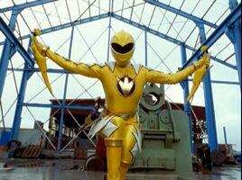 Dino Thunder Yellow 03