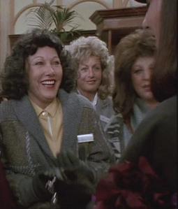 Lois Leffour witająca się z Jej Wysokością Wiedźmą