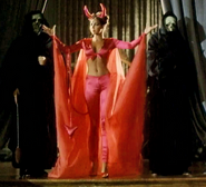 Contessa Bazzini Snap (Carole Davis) 02