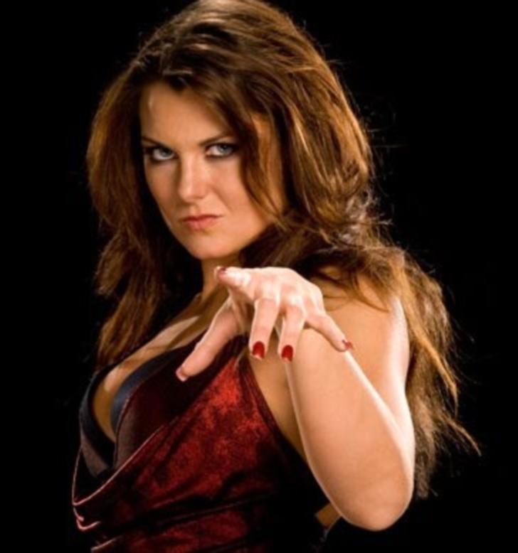 Katie Lea Burchill (WWE)