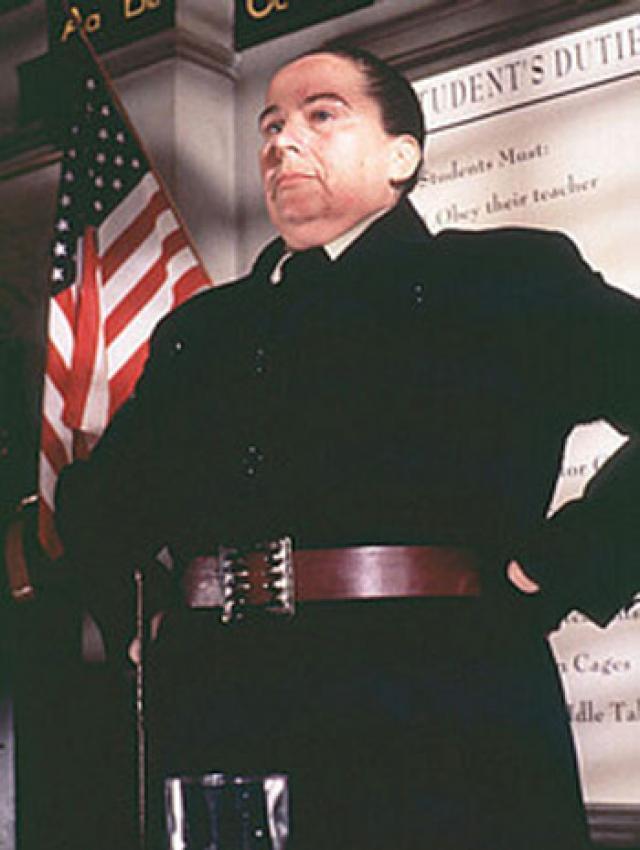 Agatha Trunchbull (Matilda 1996)