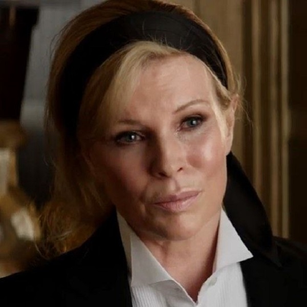 Elena Lincoln (Fifty Shades Darker)