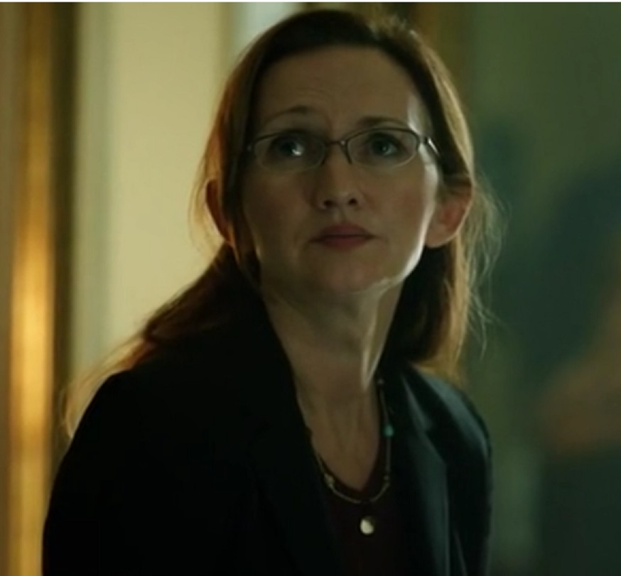 CEDJunior/Dr. Monika Harper (Motive)