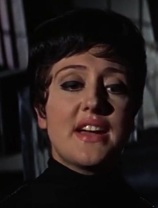 Frau Hoffner (Casino Royale)