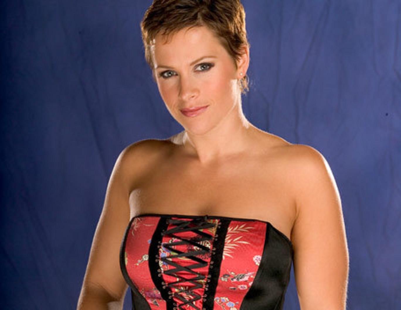 Molly Holly (WWE)