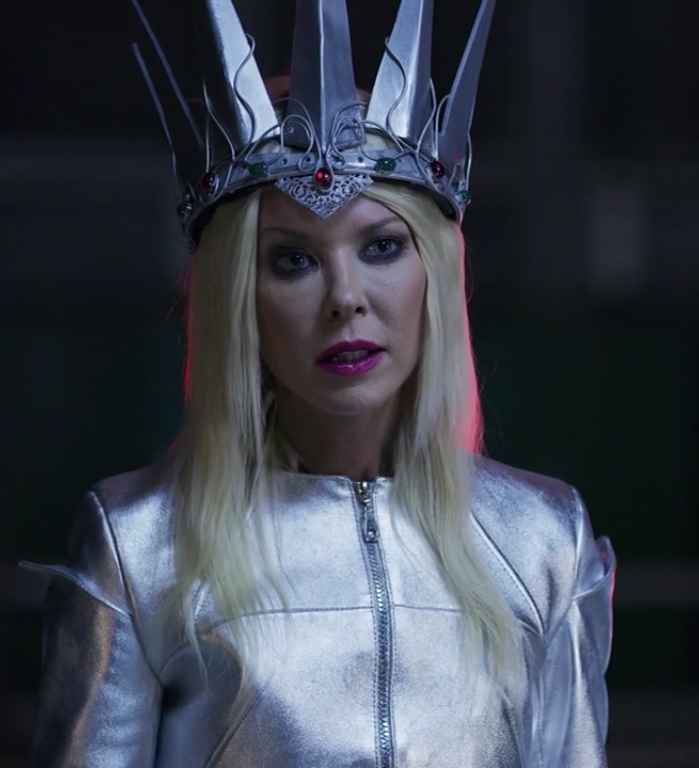 The Queen (The Last Sharknado: It's About Time)