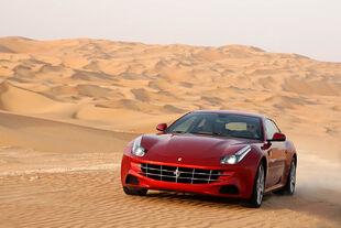 2011 Ferrari FF5.jpg