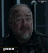 S05E07-BrentSexton as Cyn 01