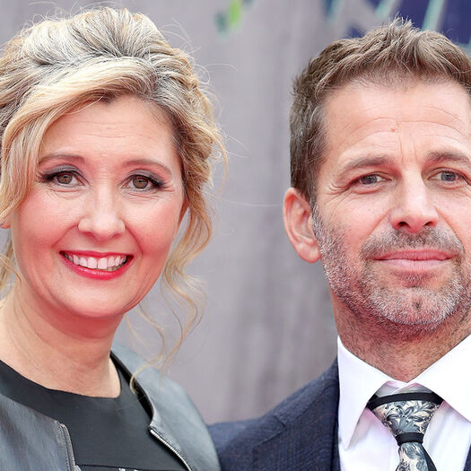 Zack Snyder Steps Down From 'Justice League' to Deal With Family Tragedy