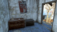FO4 Bus and Apartment Wreckage (6)