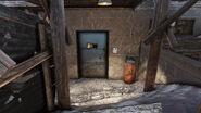 FO76 Bootlegger's shack (note Where's the damn key)