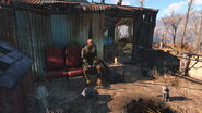 FO4 Small Trading Shack owner
