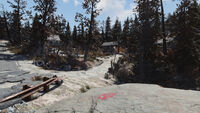 FO76 Middle Mountain Cabins (traps nearby)