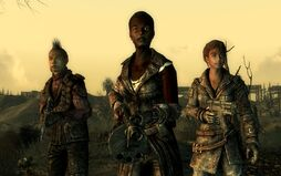 FO3 slavers line-up.jpg