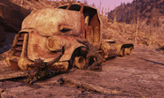 Fo76 Truck and helpful petrified 16