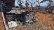 FO76 Red Rocket Abandoned bog town (04)