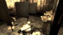 FO3 Little Lamplight men's restroom