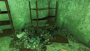 FO4 Federal ration stockpile interior 4