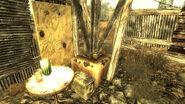 Pylon shack Mini Nuke