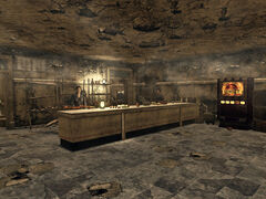 Ruined store FNV int.jpg