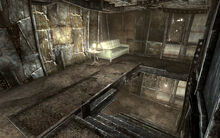 FO3 Megaton Craterside Supply stairway