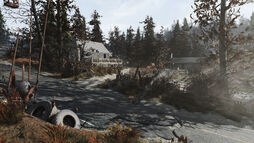 FO76 Middle Mountain Cabins 10.jpg