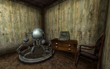 FO3 McClellan Mr Handy off