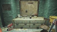 FO4 Gorski Cabin workbench