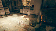 FO76 Abbie's bunker (trash bin with holodisks).jpg