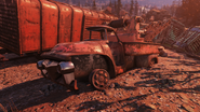 FO76 Pick R Up tow trainyard