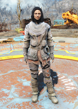 Fo4Tattered Field Jacket.png
