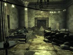 FO3 hotel interior.jpg