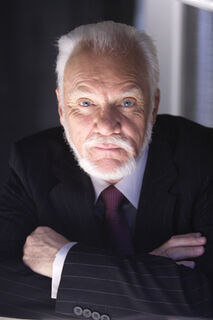 Malcolm-McDowell.jpg