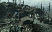 Enclave-Deathclaw.jpg