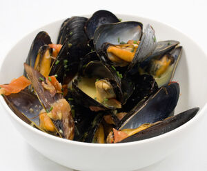 Mussels in Saffron and White Wine Broth.jpg