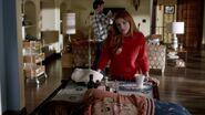 Famous.in.Love.S01E01.720p.HDTV.x264-FLEET 0133