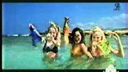 The girls are remove their bikini bottoms