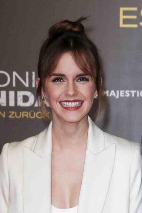 Emma-Watson-Colonia-Premiere-Berlin.jpg