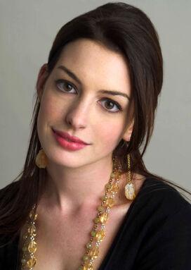 Anne-Hathaway-anne-hathaway-548747 1137 1600.jpg