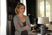 Sarah-michelle-gellar-veronika-decides-to-die-movie-stills-hq-02