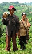 220px-Akha cropped hires