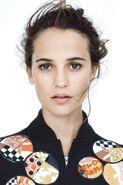 Vogue-feb-2015-p149-alicia-vikander-12may15-scott-trindle-b