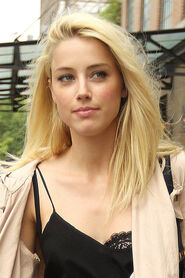 AMBER-HEARD-Out-and-About-in-New-York-9
