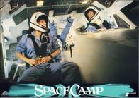 SpaceCamp-lobbycard-German-009
