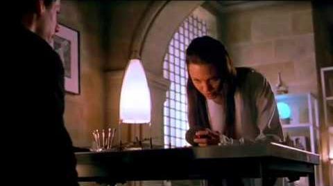 Lara_Croft-_Tomb_Raider_-_Official_Trailer_(2001)