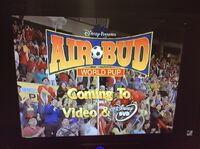 Video trailer Air Bud World Pup.jpeg