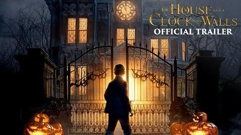 The_House_with_a_Clock_in_Its_Walls_-_Official_Trailer_1