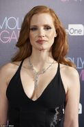 46FCCA8600000578-5147743-Curves on show Jessica Chastain looked incredible in a long blac-a-11 1512498019576