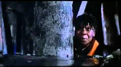 Jumpin'_Jack_Flash_(1986)_Trailer